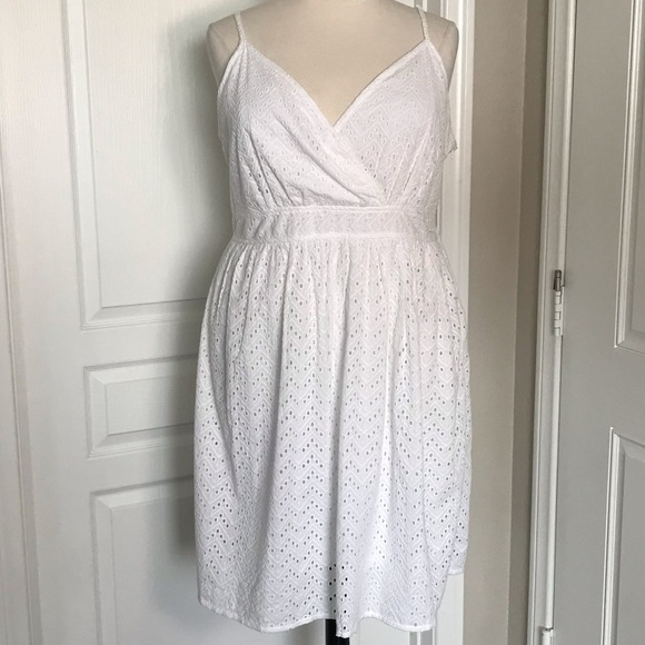 LANE BRYANT PLUS SIZE WHITE EYELET DRESS
